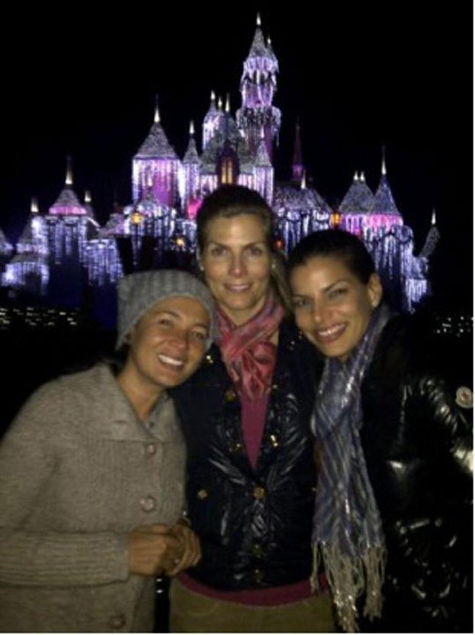 Aventurera desde pequeña, la rubia visitó una vez más el parque en compañía de Yolanda Andrade y Bárbara Coppel.