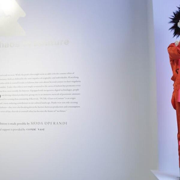 Un diseño de John Galliano para Dior se exhibe desde el próximo 9 de mayo y hasta el 14 de agosto en Nueva York.