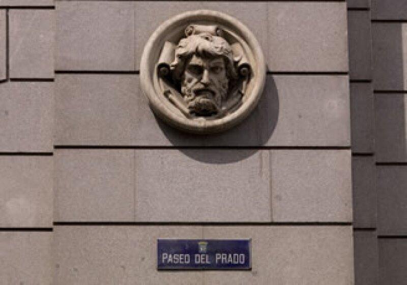 Fitch cree que en el escenario más extremo para la banca española, se necesitarán de 88,000 mde para salvar al sector. (Foto: Photos to go)