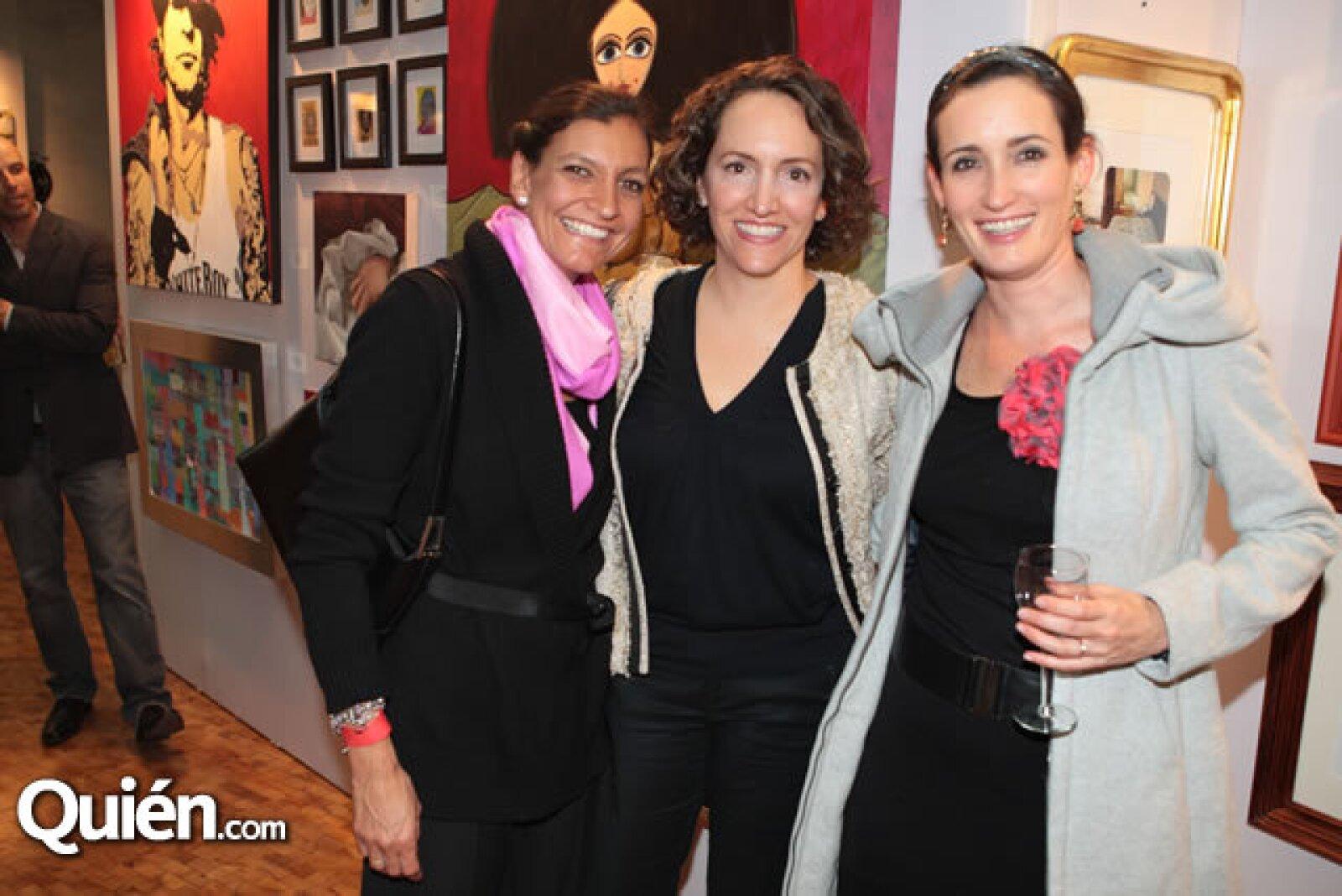 Cristina Olea,Ximena Guerrero,Michelle Woodblidge
