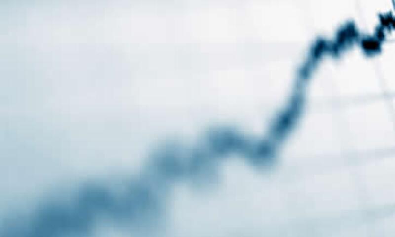 Se espera que el próximo año los ingresos petroleros sean mayores en 35,900 millones de pesos a lo avalado para el 2012. (Foto: Thinkstock)