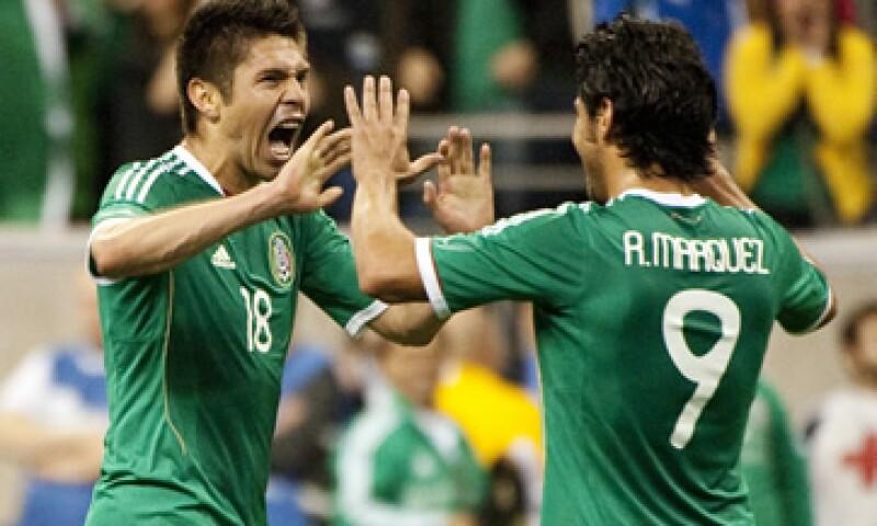 Si quieres ir a ver los juegos de la selección mexicana de futbol a la Copa del Mundo, desde ahora ya puede comprar tus boletos en paquetes todo incluido. (Foto: AP)