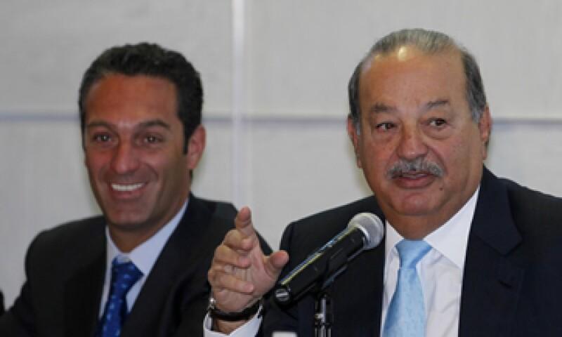AMóvil, de Carlos Slim, compró el 10.8% de Shazam por 40 mdd, lo que valúa a la firma de la aplicación en 370 mdd. (Foto: AP)