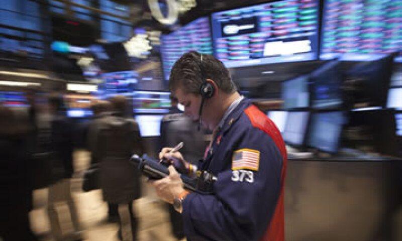 El S&P 500 perdía 0.22% en las primeras operaciones de este lunes. (Foto: Reuters )