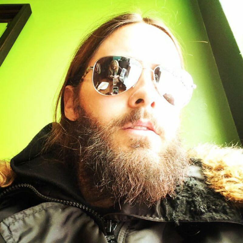 Jared Leto ya tenía su pelo y barba bastantes crecidos. Aquí hace un par de semanas.
