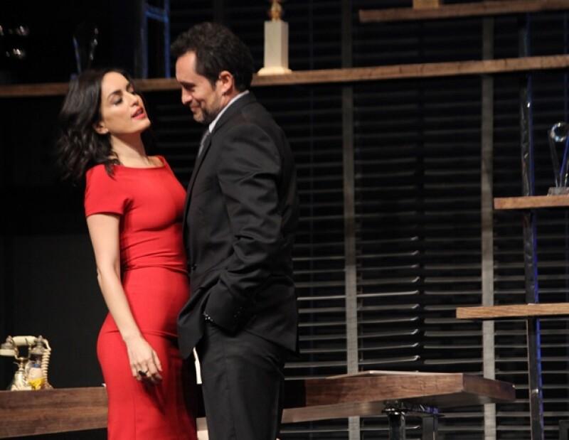Así lo aseguró el actor mexicano nominado al premio Oscar al termino del estreno de la puesta en escena `Nadando con Tiburones´, donde comparte créditos con Ana de la Reguera y Poncho Herrera.
