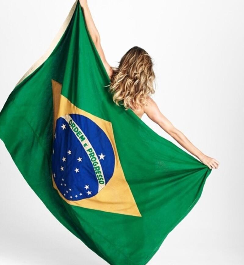 Gisele también es una de las modelos que se ha unido en apoyo a su país.