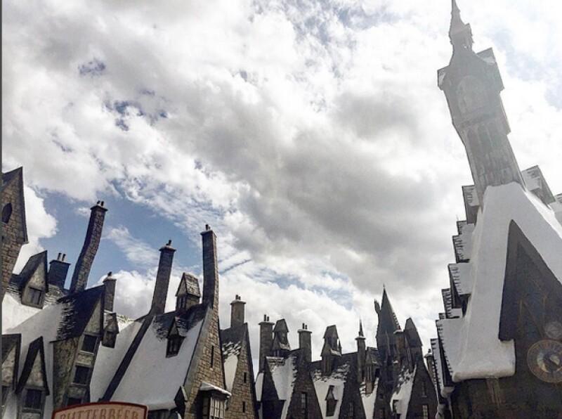 Erik compartió esta foto durante su recorrido por el mágico mundo de Harry Potter.