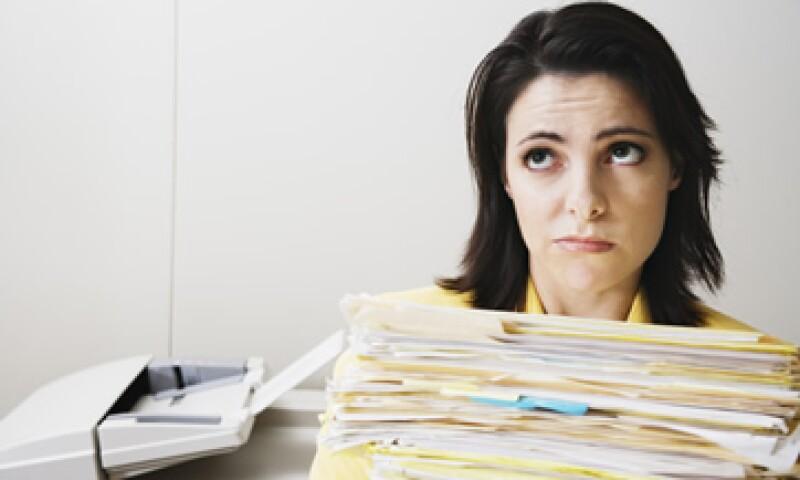 Para una devolución de impuestos presenta cada comprobante o busca asesoría fiscal. (Foto: Thinkstock.)