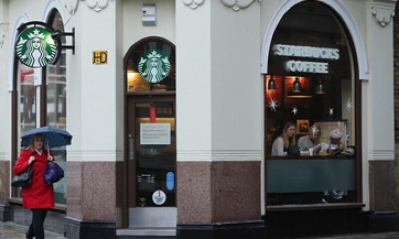 Starbucks Corp registró un aumento de 6% en ventas globales en tiendas abiertas por al menos 13 meses.  (Foto: Getty Images)