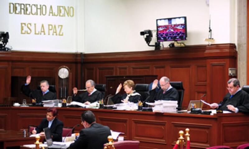 Un revés judicial para Axtel puede suponer un fuerte desembolso a favor de Telcel. (Foto: Notimex)