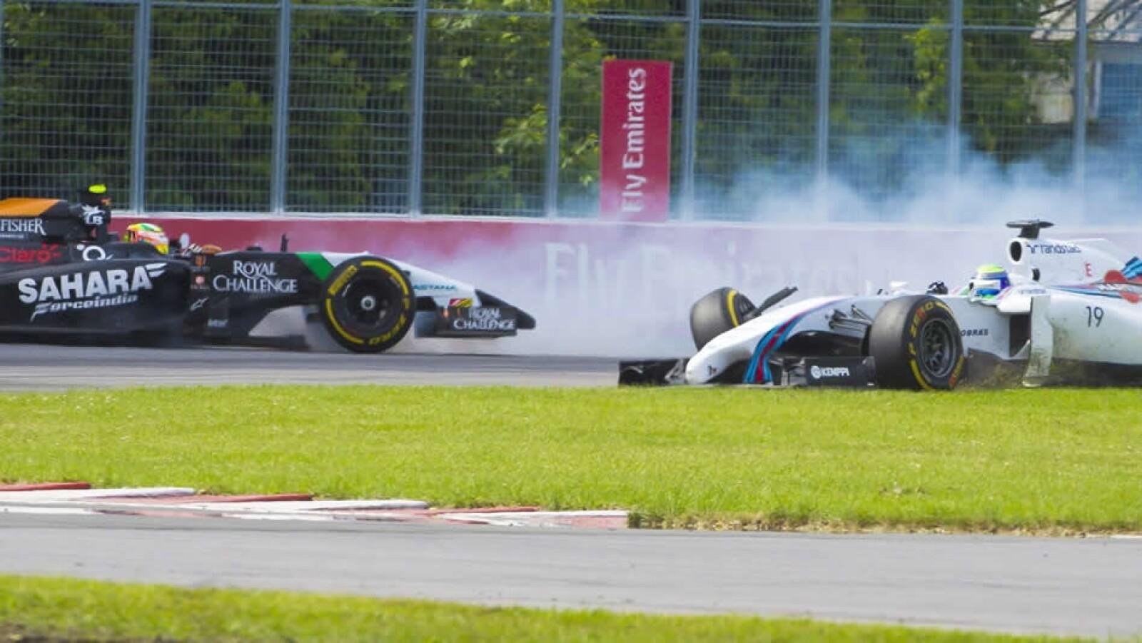 Felipe Massa le dio un golpe por detrás a Pérez, lo que provocó que el mexicano perdiera el control y se estrellara