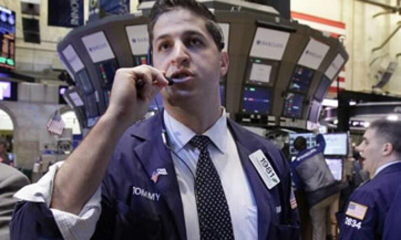 El Dow Jones subió este lunes en Wall Street gracias a que el aumento de las ventas minoristas en Estados Unidos. (Foto: AP)