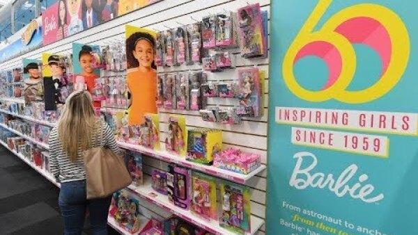 Barbie llega a la venerable edad de 60 años