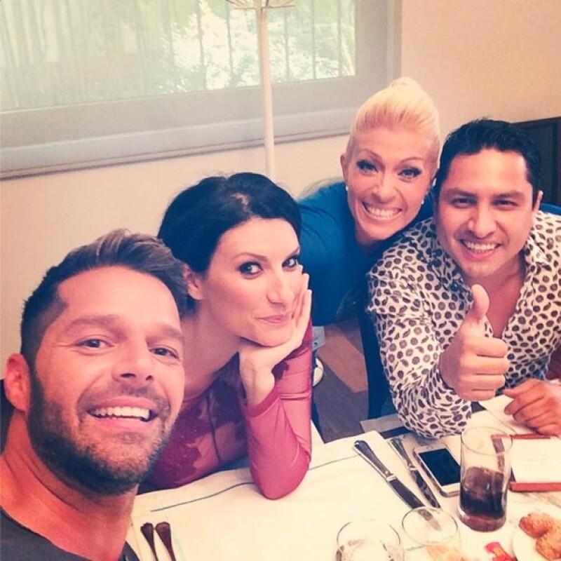 El cantante ya ha comenzado a convivir con sus compañeros del famoso concurso musical: los artistas Laura Pausini, Julión Álvarez y Yuri.