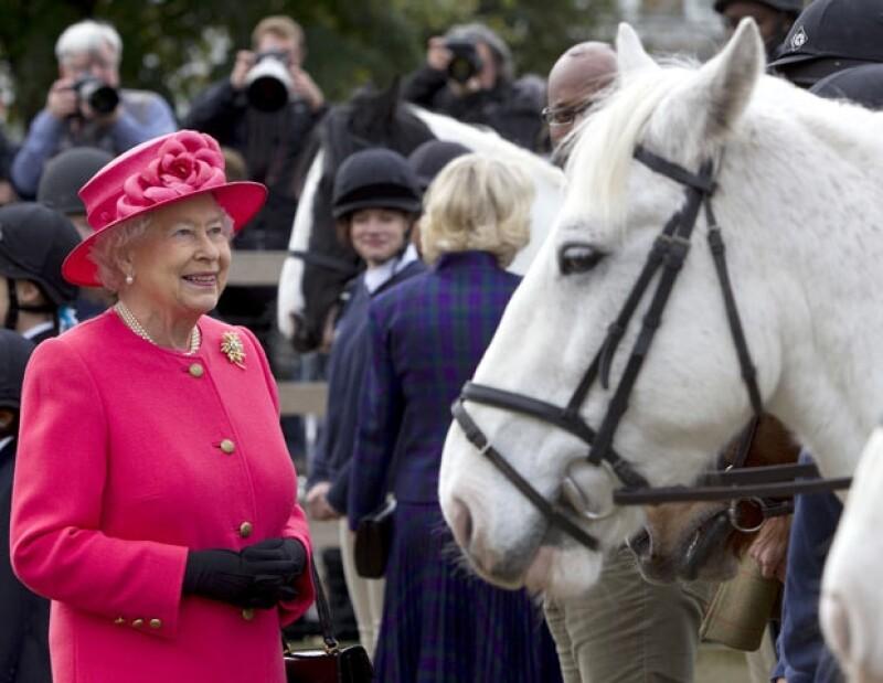 Los caballos de la reina Isabel II son siempre ganadores.