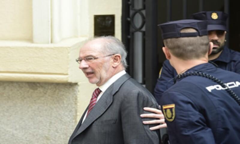 Rodrigo Rato es investigado también por estafa, apropiación indebida y otros presuntos delitos. (Foto: AFP )