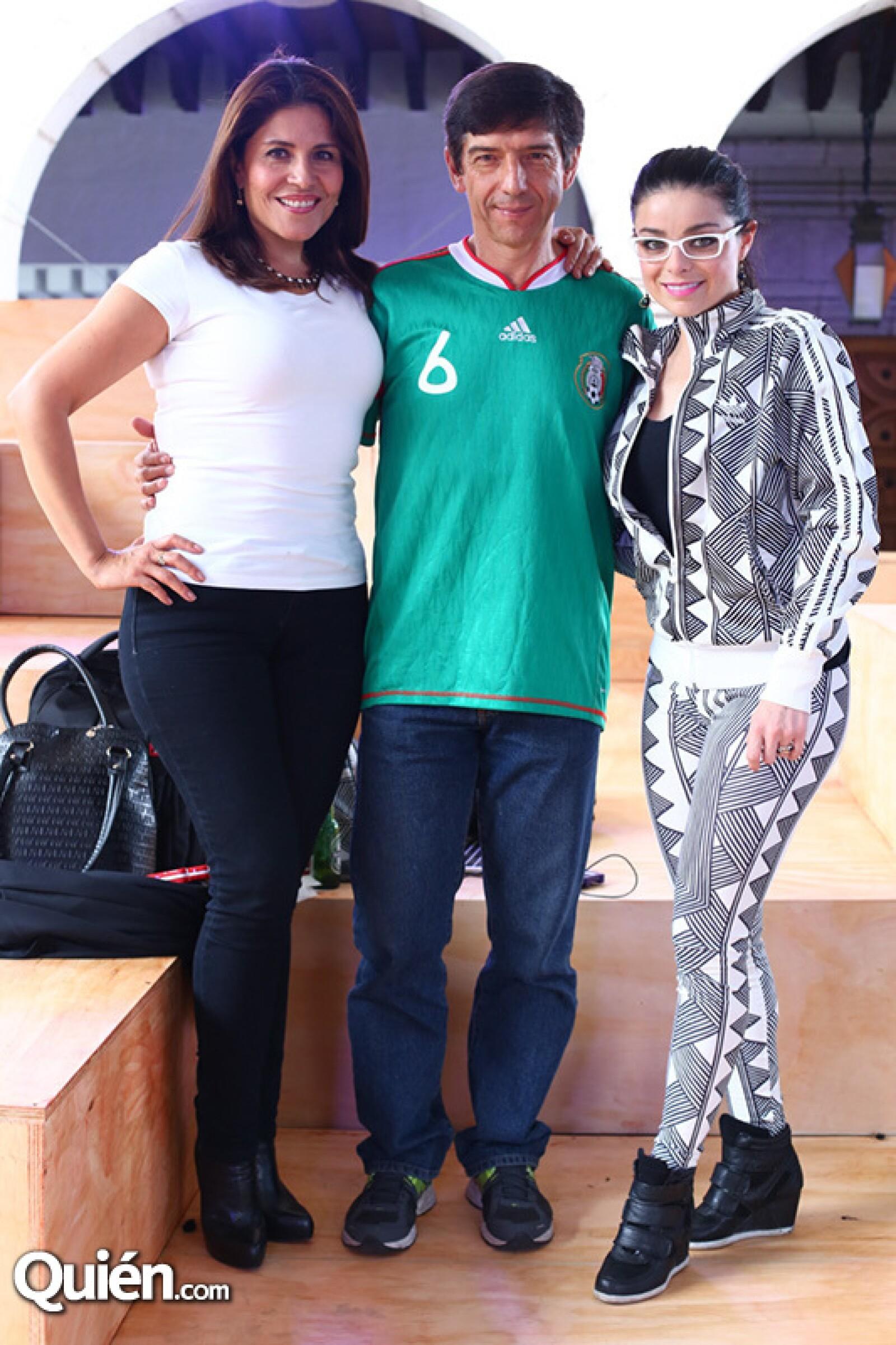 Irma Smith, Miguel España y Violeta Isfel