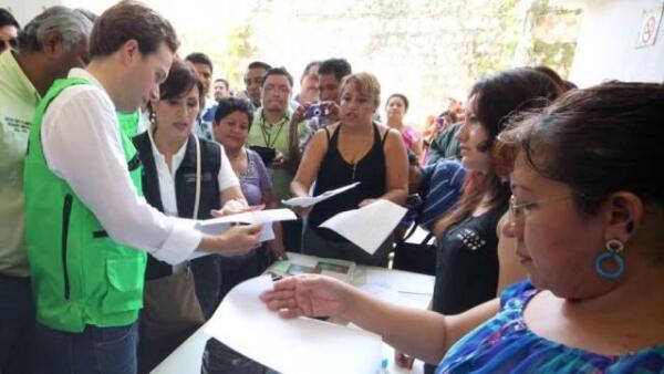Rosario Robles en Chiapas tras el sismo del 7 de julio