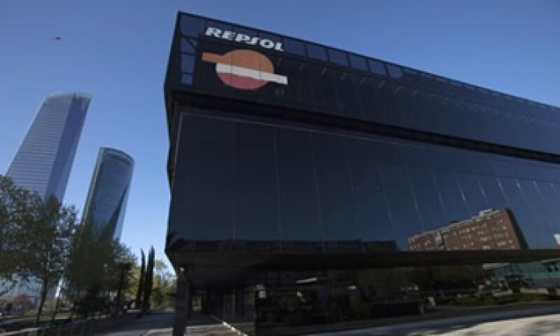 Tras la expropiación, Repsol se quedó con 6% de YPF y ahora tiene los derechos de voto de otro 6% de YPF. (Foto: Reuters)