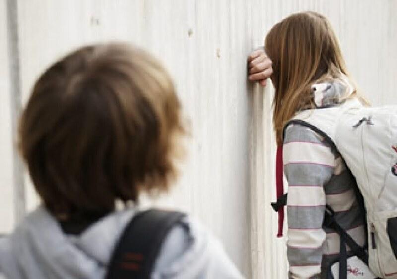 Los menores en depresión se enojan y lloran continuamente, también cambian su apetito. (Foto: Photos to go)