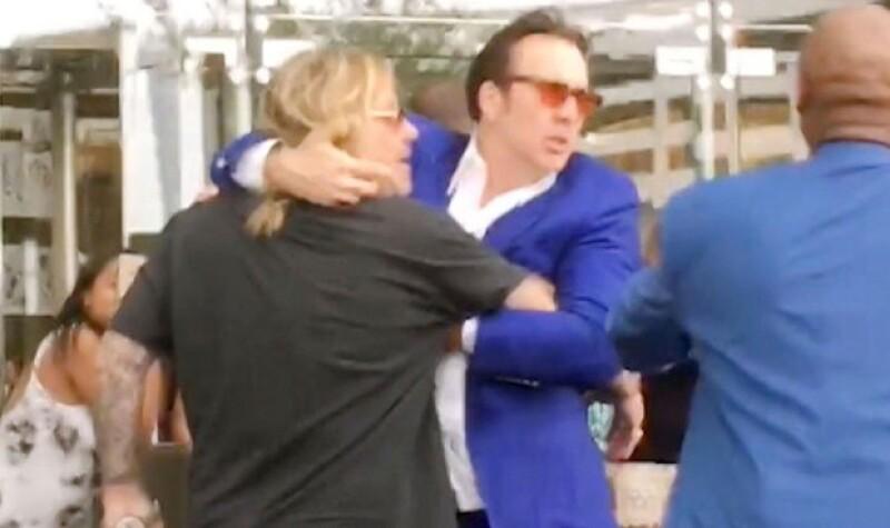 El actor no pudo evitar entrometerse después de ver como Vince Neil, cantante de la banda Mötley Crüe, jalara a una mujer y la aventara al suelo.