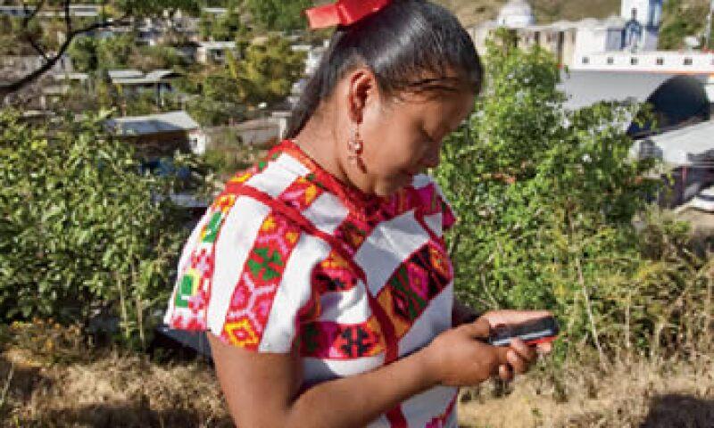 Santiago Nuyoo, poblado con 2,100 habitantes ubicado a 240 kilómetros de Oaxaca capital, es la primer comunidad donde Telecomunicaciones de México implementó su red de telefonía celular y el sistema de pagos móviles. (Foto: Adán Gutiérrez)