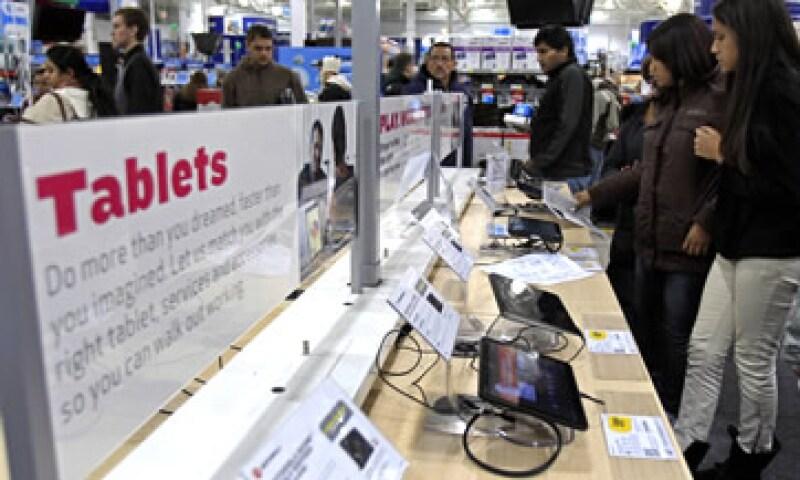 Las ventas totales de 'smartphones' y 'tablets' aumentarán a 6,200 millones de unidades en los próximos 5 años, según un reporte. (Foto: Reuters)