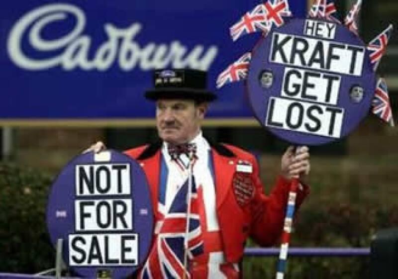 Cadbury rechazó la oferta de ser adquirida por Kraft en 16,300 mdd.  (Foto: Reuters)