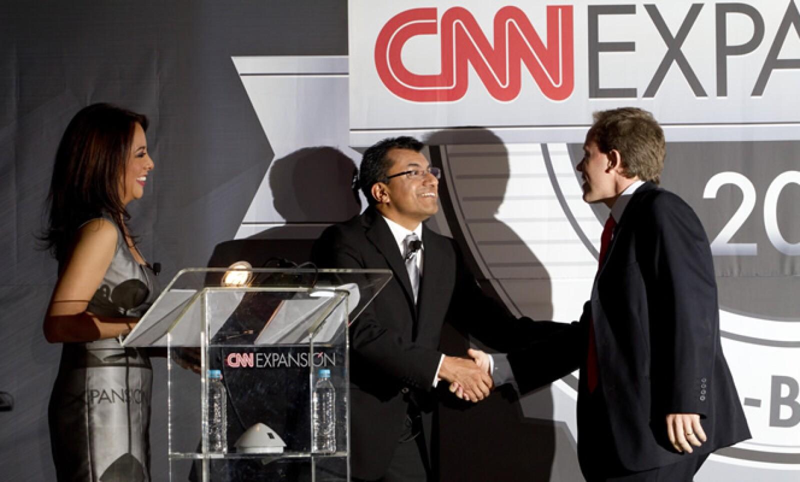 Ricardo Suárez Colsa, director de Yumbling', aceptó el premio de la terna 'Emprendedor'.