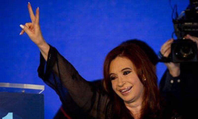 Analistas alertan de la salida de capitales en Argentina. (Foto: AP)