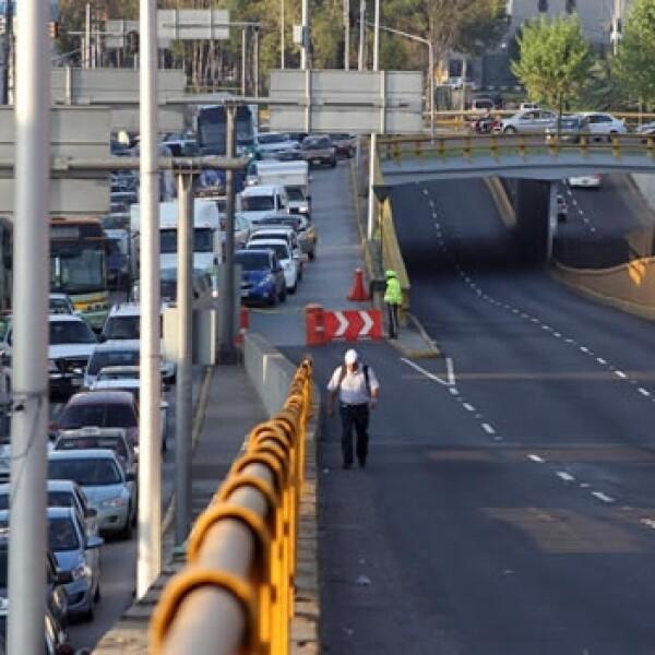 La CNTE protesta ante el aeropuerto