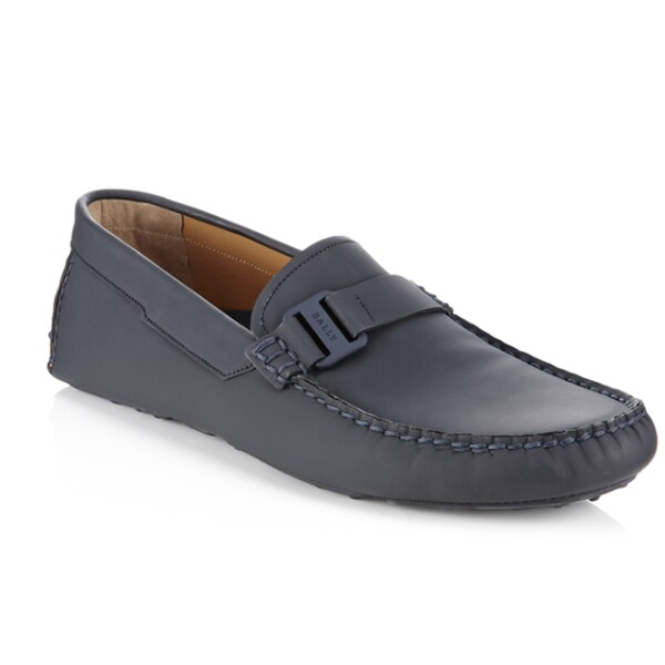 Zapatos de piel azul marino, tiendas departamentales.