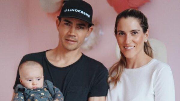 Mía, Camilo y María Villegas.