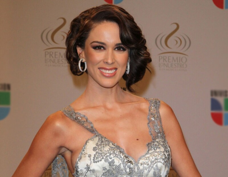 Diversos medios han asegurando que la actriz mexicana será la nueva conductora del reality musical.