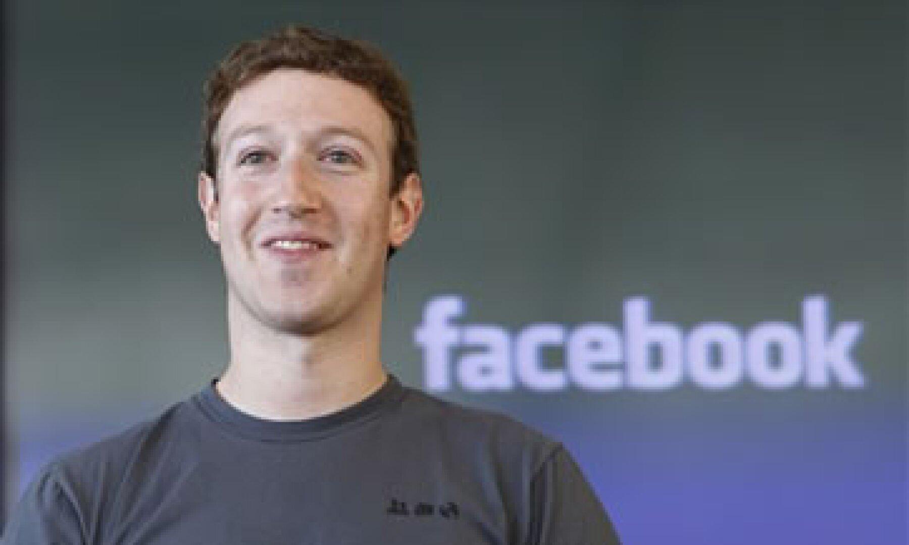 Facebook aún no ha declarado si Zuckerberg particpará en la gira de los ivnersores antes de la salida a Bolsa. (Foto: AP)