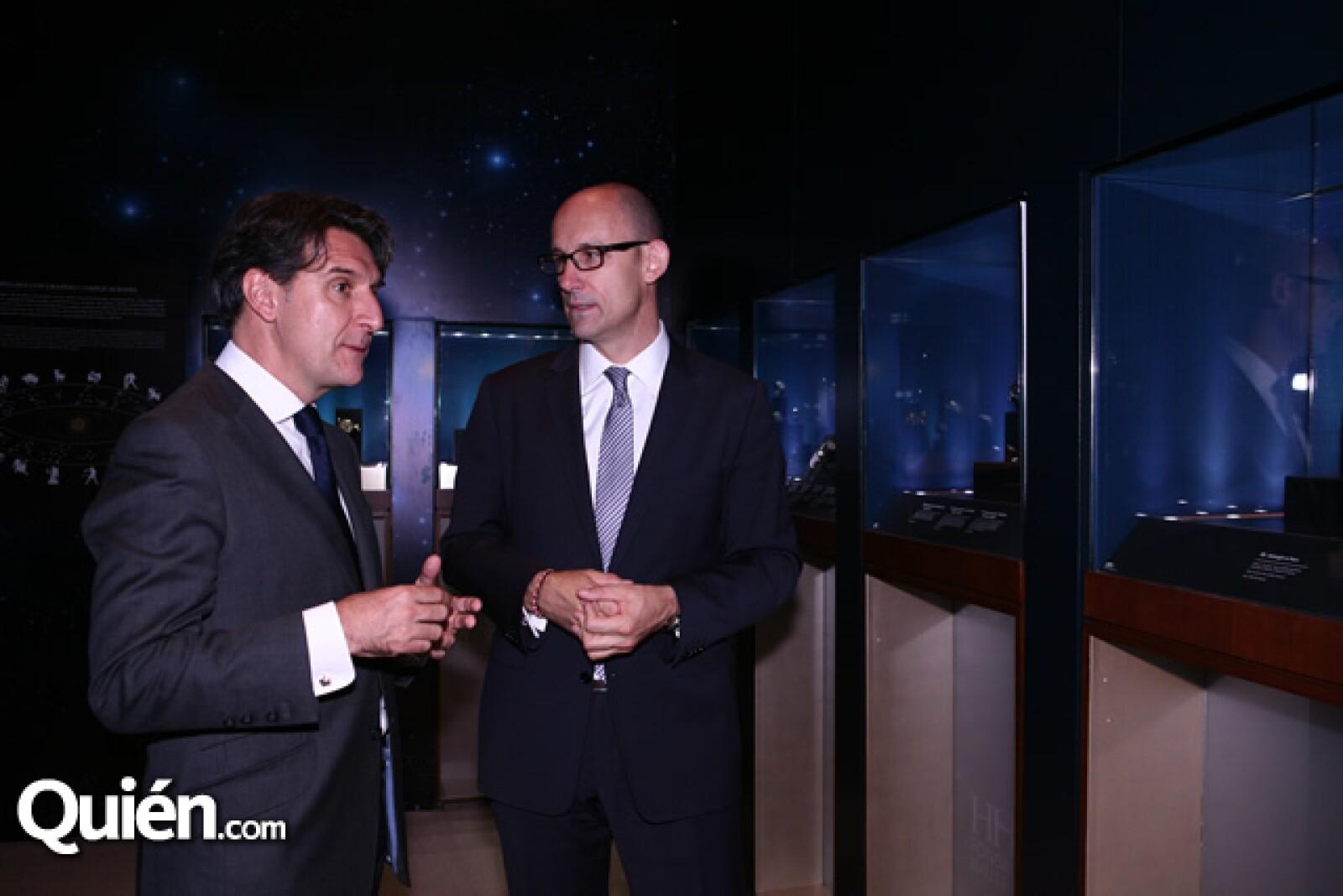 Carlos Alonso,Pascal Ravessous