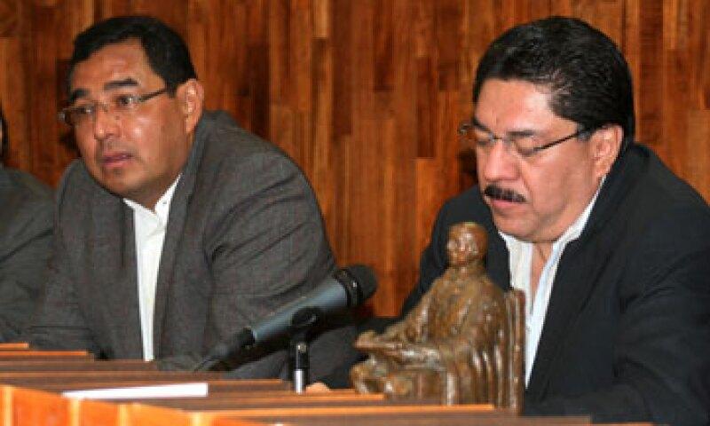 Bulmaro Rito Salinas (izquierda) encabezó la Coplade durante el gobierno de Ulises Ruiz (derecha), permaneció preso durante más de un año por peculado. (Foto: Cuartoscuro )