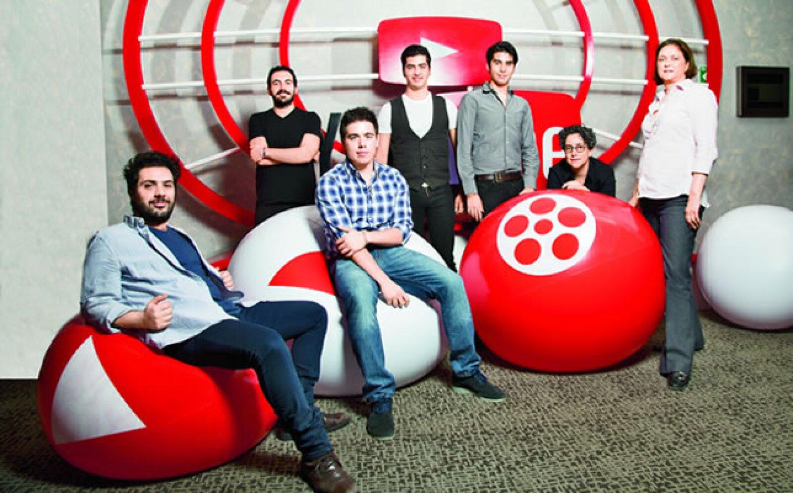 Cinco productores mexicanos independientes de contenido audiovisual dimensionan el potencial de negocios que ofrece YouTube. Desde 2010 la plataforma de videos  puso en marcha un programa con el que entrega a determinados  socios -elegidos por el número d