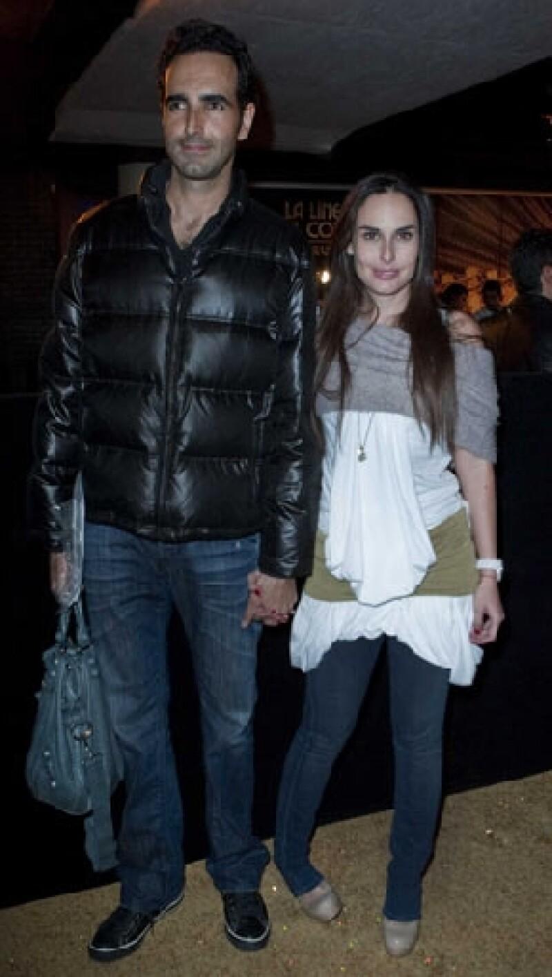 """La actriz cumplirá seis meses de noviazgo con el actor Arturo Barba, a quien conoció en la puesta en escena """"Eurídice""""."""