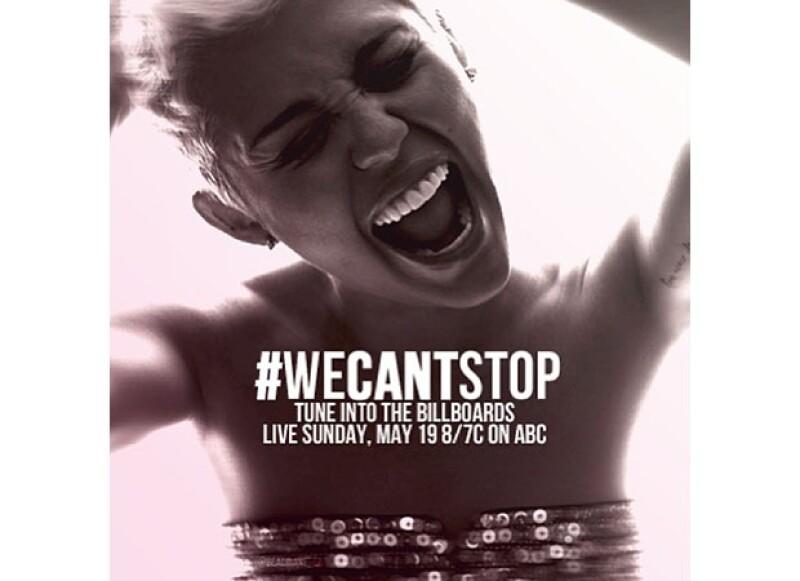"""La cantante está emocionada por el lanzamiento de su nuevo álbum """"We Can&#39t Stop"""" que será presentado el día de mañana, en el cual aparece una sensual fotografía de la nueva y rebelde Miley."""