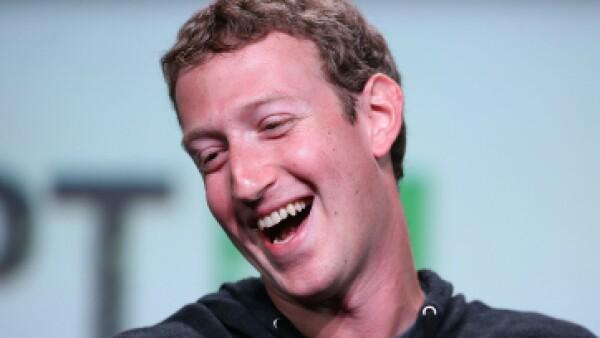Con tan solo 31 años, el creador de Facebook se coloca como uno de los más ricos del mundo. (Foto: Getty Images)