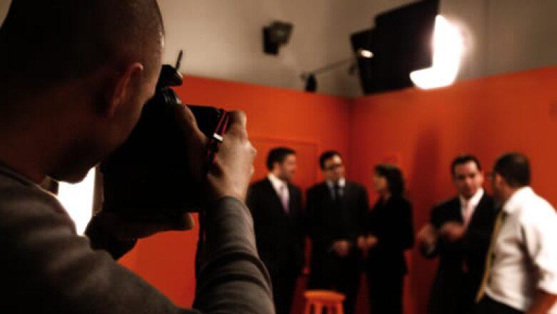 El editor de Fotografía de Expansión, Duilio Rodríguez, realizó los retratos de los participantes. Aquí capta a Aníbal Habeica, Alberto Ramos, Éricka Macín, Rafael Gómez Nava y Roberto Trad Hasbun.