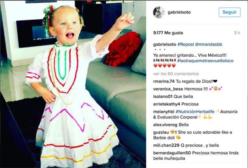"""La pequeña hija de Gabriel amaneció gritando """"¡Viva México!""""."""