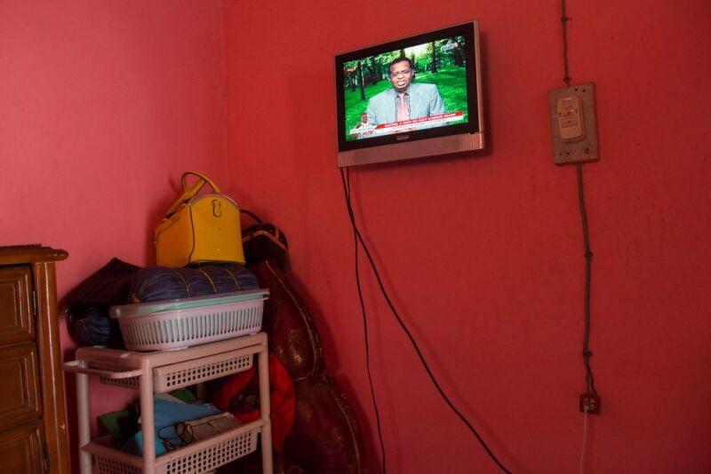 tv--.jpg