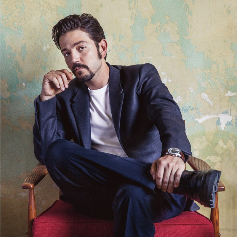 Diego Luna Life and Style 4