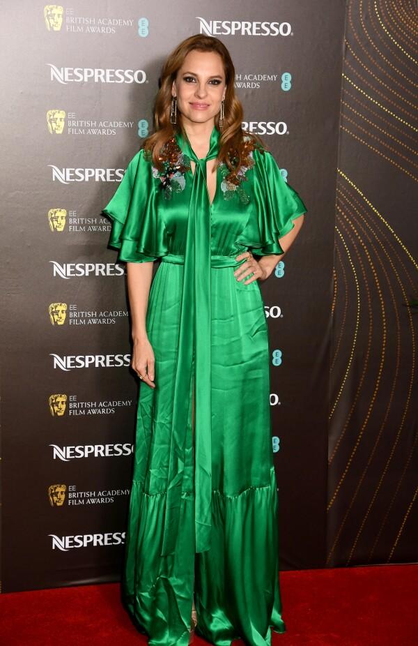 Marina de Tavira en la fiesta VIP de los BAFTA's en un vestido de la diseñadora mexicana Sandra Weil