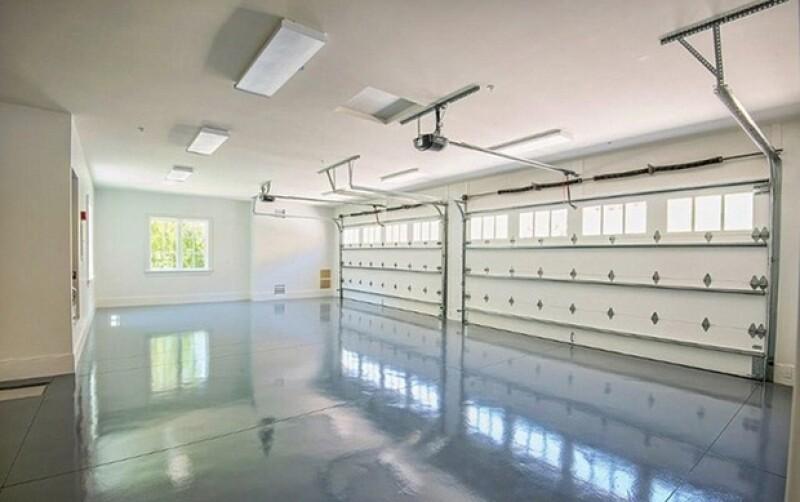 Y tiene un garage especial para que no haya humedad ni cortos circuitos.