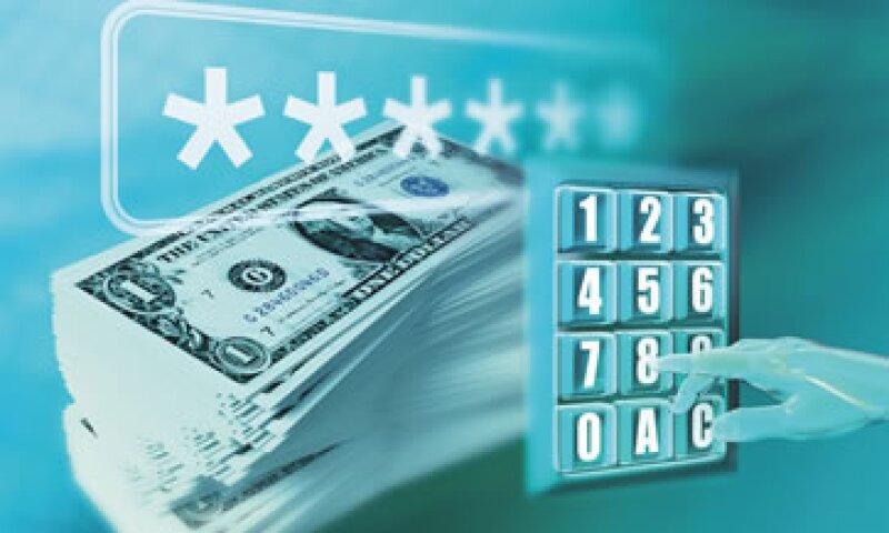 La Comisión Nacional Bancaria y de Valores recomendó utilizar de preferencia los cajeros al interior de las sucursales. (Foto: Archivo)