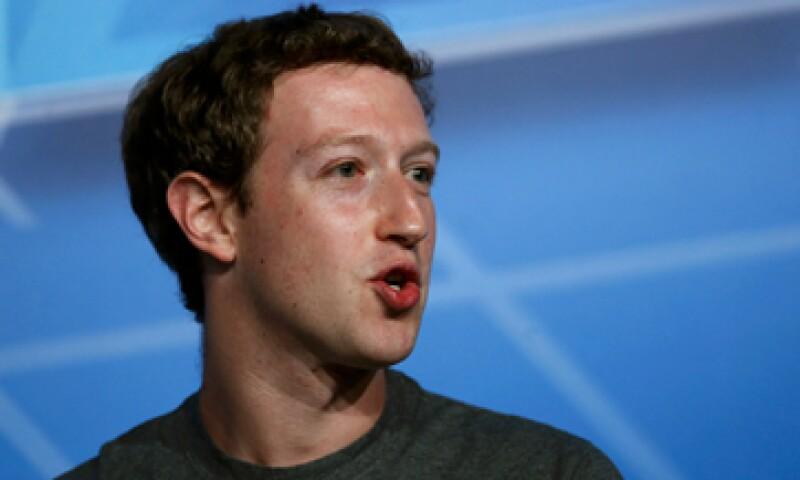 Mark Zuckerberg ve a su organización como el 911 de Internet. (Foto: Reuters)